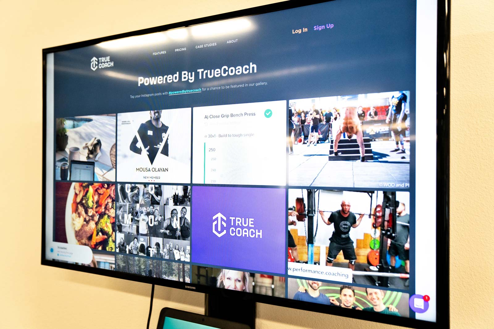 Poweredbytruecoach wall